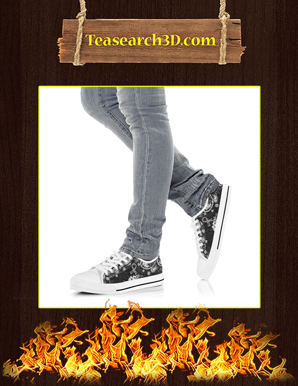 T1D Low Top Shoes Pic 3