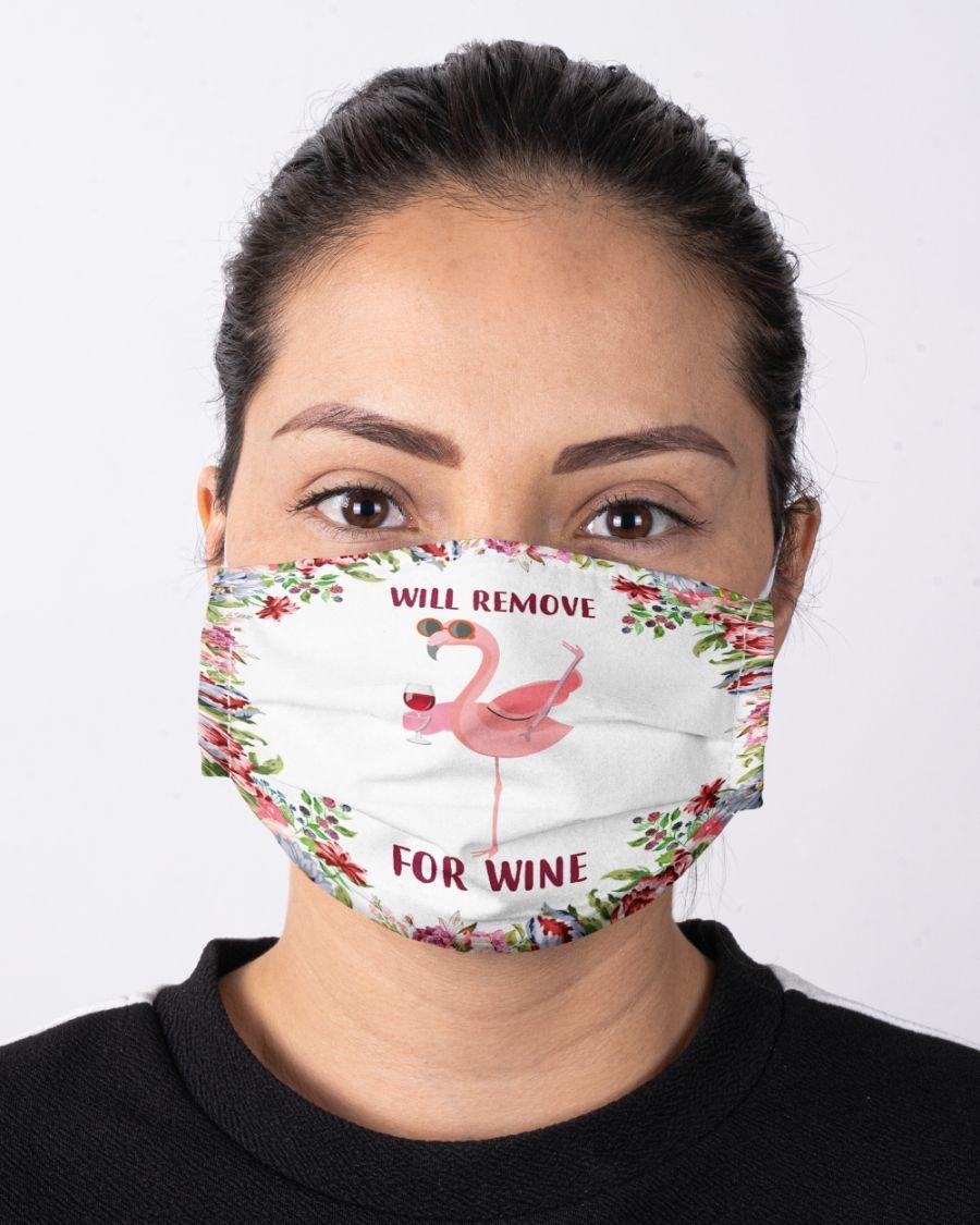 Face mask flamingo will remove for wine