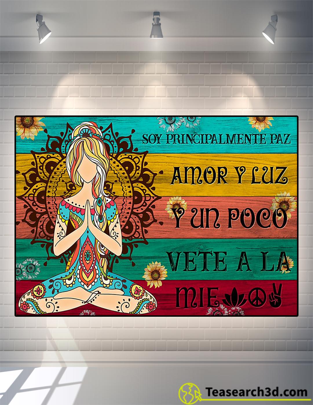 Yoga soy principalmente paz amor y luz póster A2