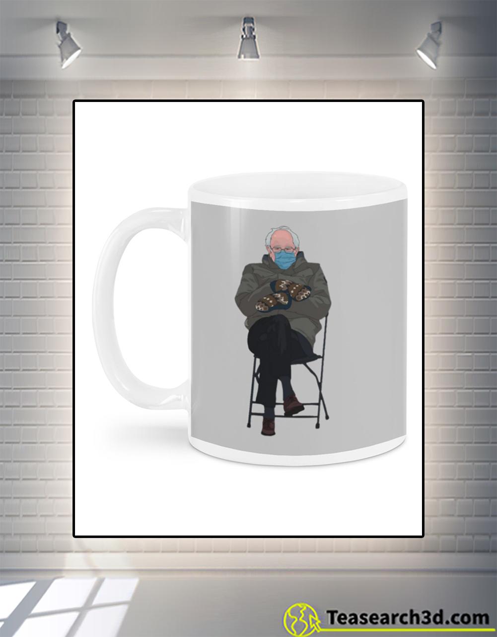 Bernie sanders mittens mug back