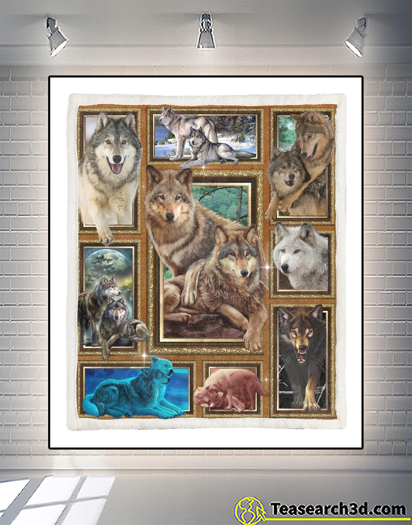 I love wolf blanket