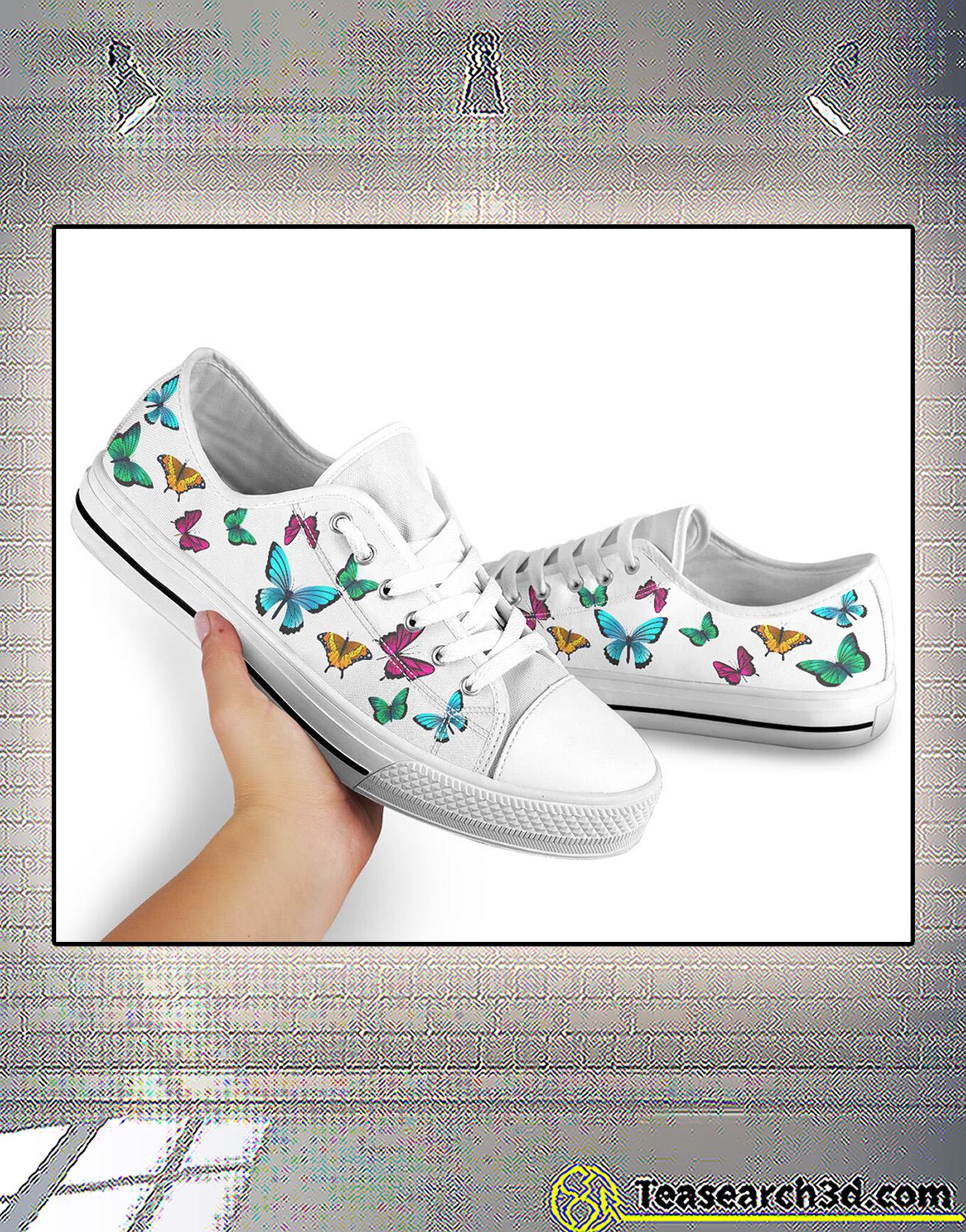 Seamless butterflies low top shoe 2
