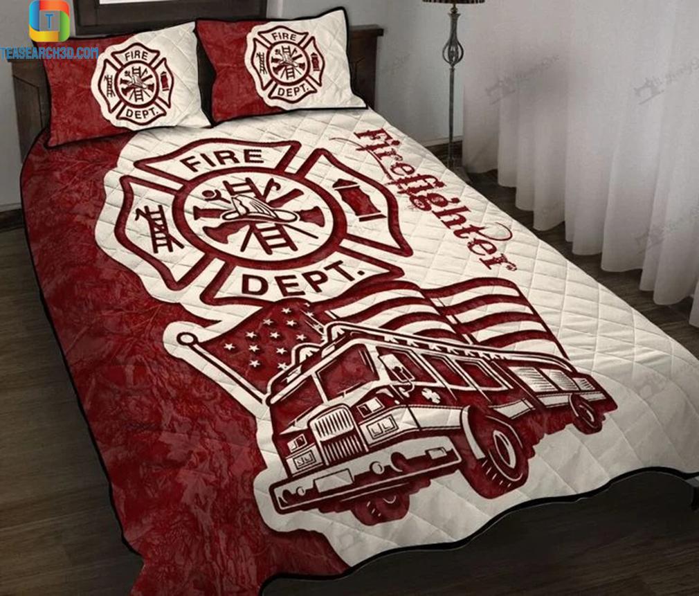 Firefighter fire truck quilt bed set