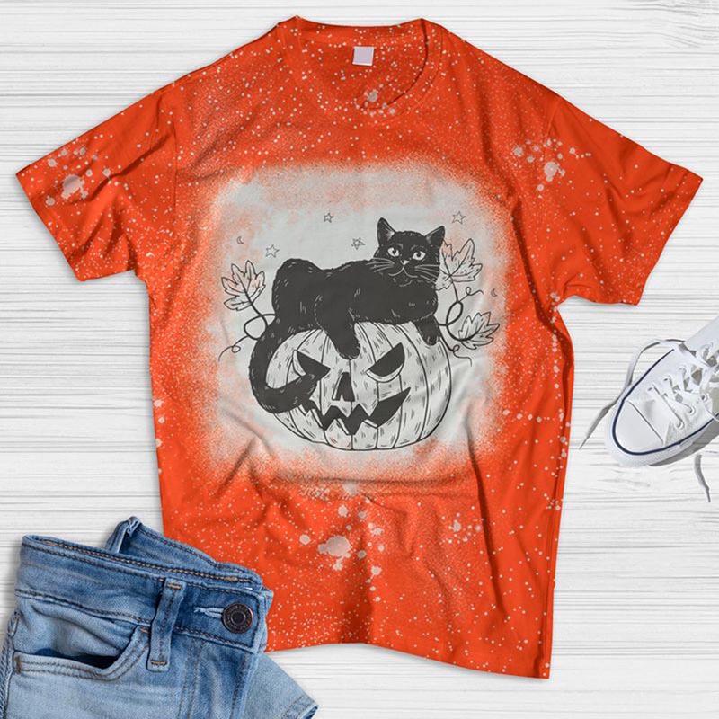 Cat Lies On The Pumpkin Bleached T-shirt