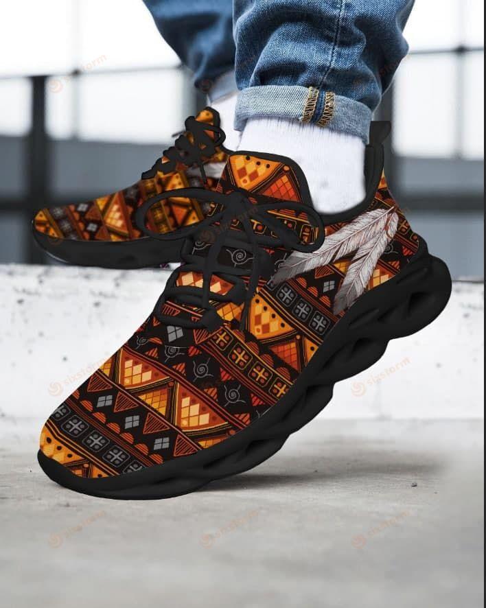 Native American Max Soul Sneaker